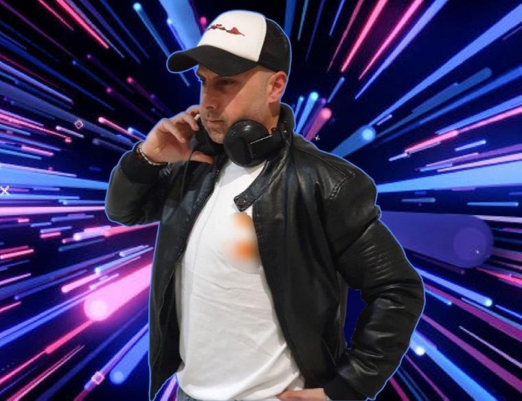 DJ MIKKE B
